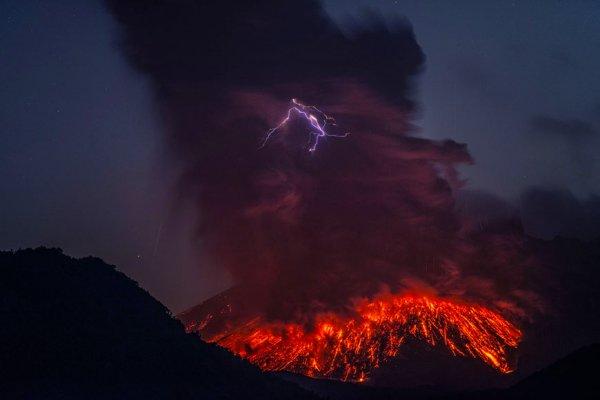 molniya-v-vulkane7