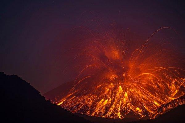 molniya-v-vulkane8