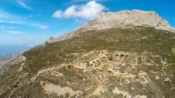 Фото. Горы Сьерра де Берния