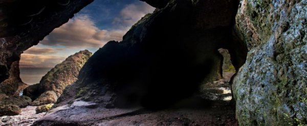 Фото. Пугающие пещеры Кушендан