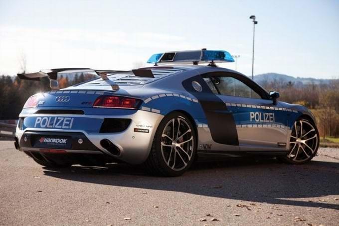 Продвинутая машина полицейского