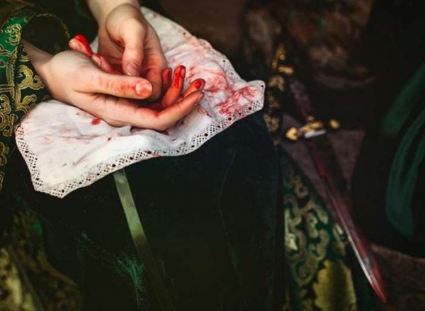 Фото. Кровь на руках