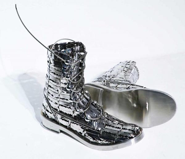 ботинки из лезвий