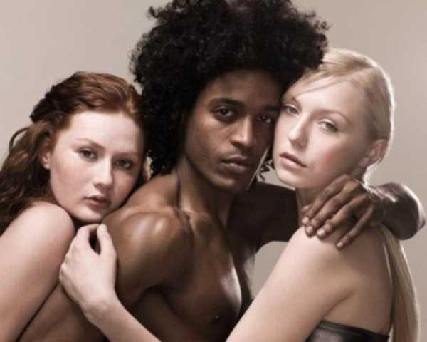 Фото. Эмоциональность женской фантазии в сексе