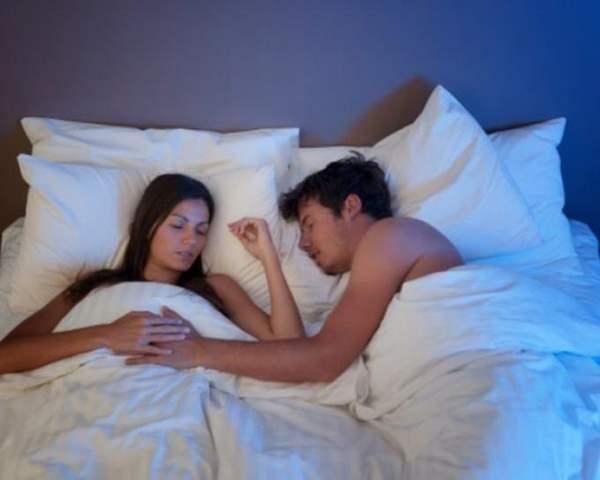 Фото. От сна голыми мы становимся здоровее
