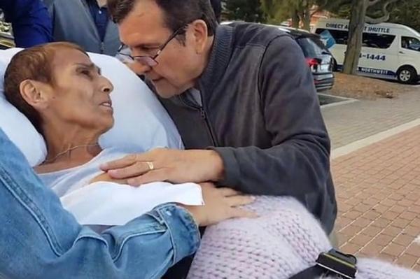 Муж рощается со своей умирающей женой