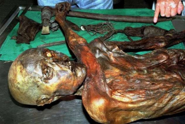 Фото. Ледяная мумия Эци