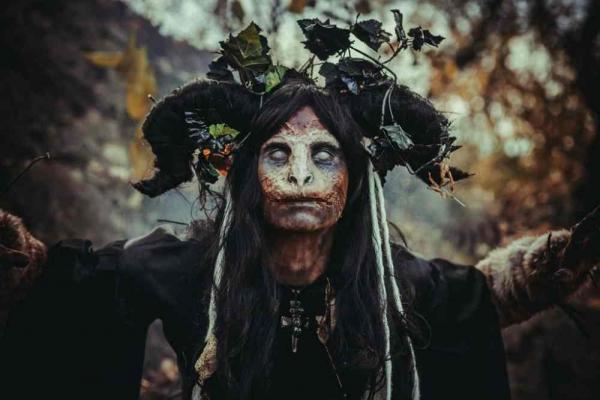Фото. Первая ведьма