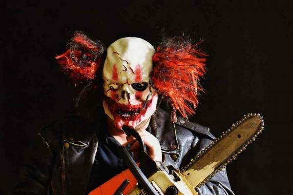 Фото. Страшный клоун