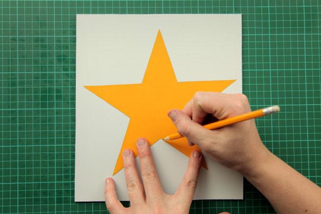 Как сделать большую звезду своими руками