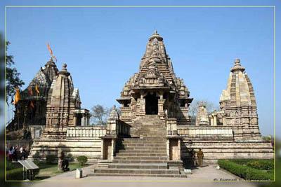 Фото. Храм в Кхаджурахо