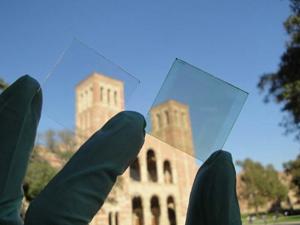 Фото. Прозрачный полимерный солнечный элемент