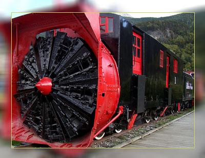 Фото. Снегоуборочный поезд в Аляске