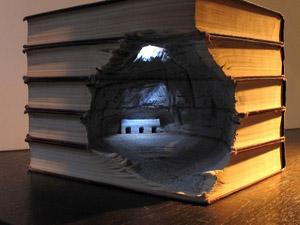 Фото. Необычная композиция в книге