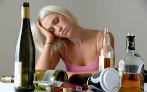 Фото. Женщина и алкоголь