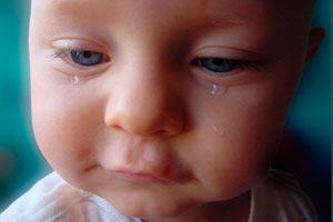 Фото. Малыш и слезы