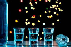 Фото. Алкоголь и облысение