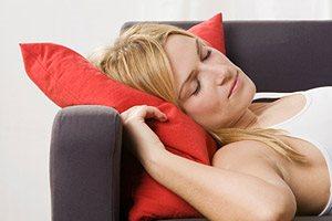 Фото. Девушка на подушке