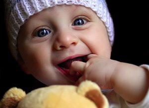 Фото. Малыш улыбается