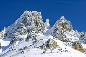 Фото. Красивые заснеженные горы