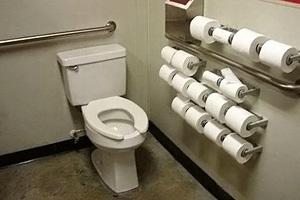 Фото. Много туалетной бумаги
