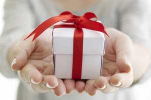 подарок для ребенка