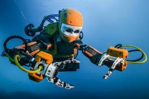 робот под водой