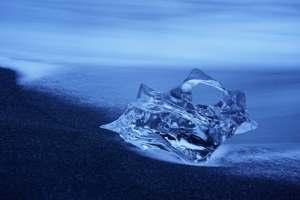 лед на пляже