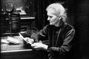 женщина-ученый Мари Кюри