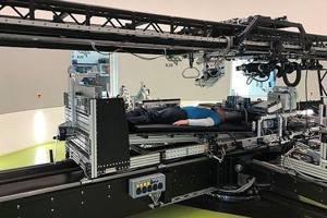 НАСА и человек в постели